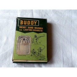BUDDY POCKET HAND WARMER FOR LIGHTING CIGARETTE/ ALLUME CIGARETTE DE POCHE