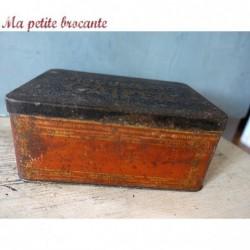 Boîte publicitaire ancienne en tôle biscuiterie Caïffa