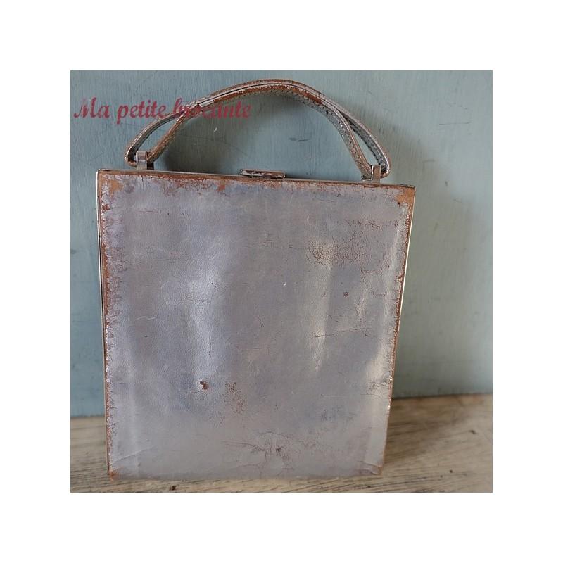 Belle minaudière vintage en cuir argenté