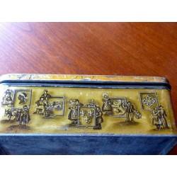BELLE BOITE PUBLICITAIRE TOLE ANCIENNE BISCUITS DECOR BRETON