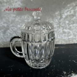 Adorable petit moutardier en cristal  moulé