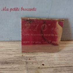 Boîte avec trois plumes à réservoir SAFE Paris 270   EG