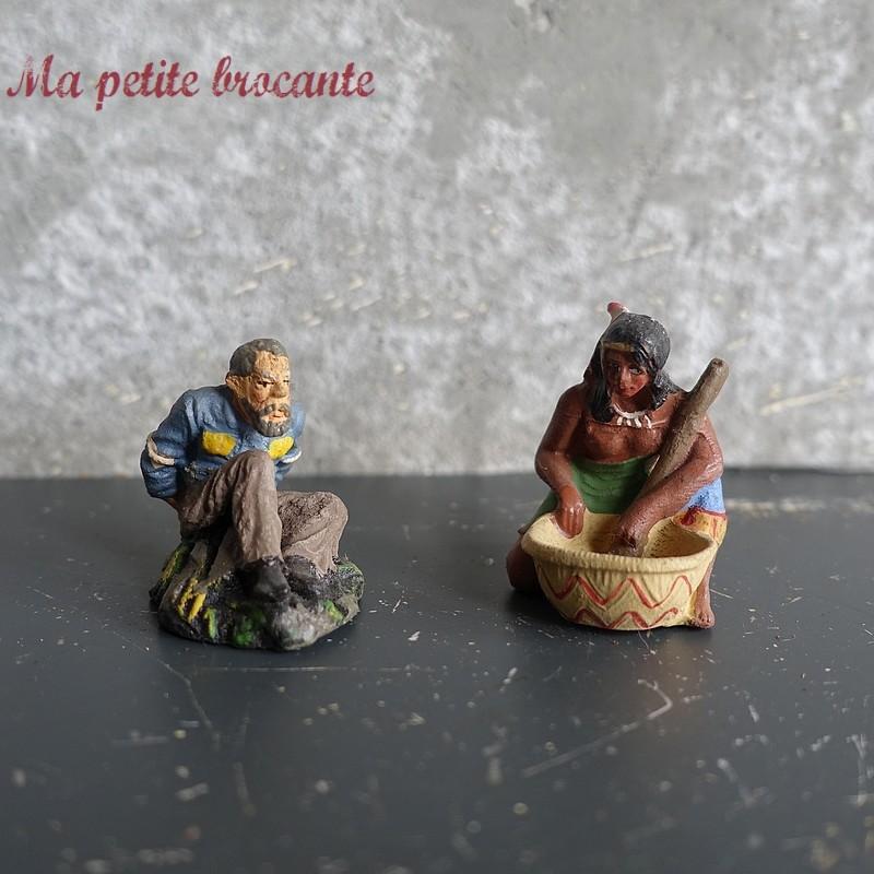 Lot de deux figurines Far West  en composition des années 30