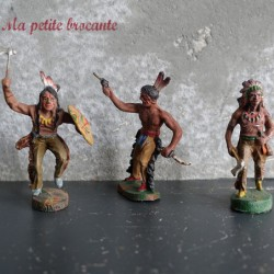 Lot de trois figurines anciennes indiens en composition Elastolin