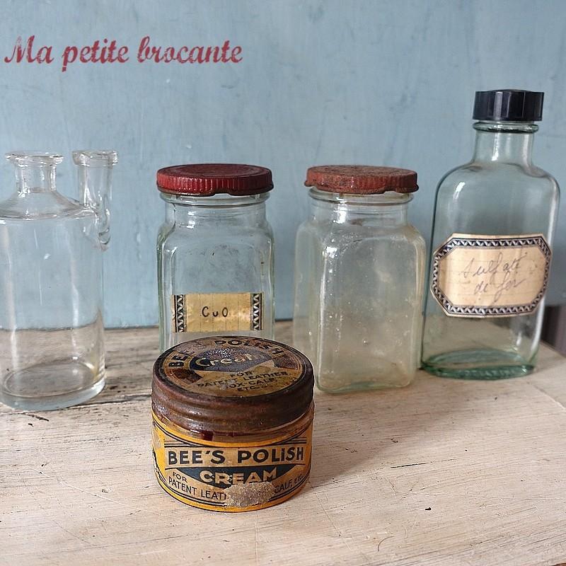 Ancien lot de cinq flacons pharmacie laboratoire chimie