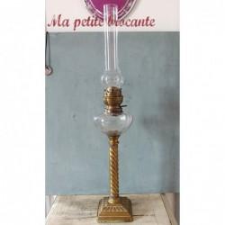 Elégante lampe à pétrole Matador 15 et son tube en cristal spécial recuit 15