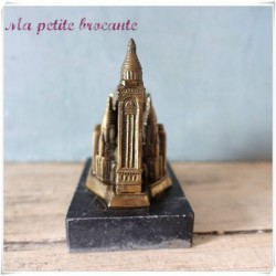 Ancien souvenir de Paris le Sacré-Coeur