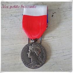 Médaile du ministère du travail et de la sécurité sociale 1965