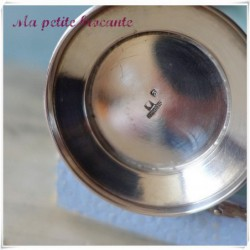 Ancienne timbale en métal argenté Saint Médard