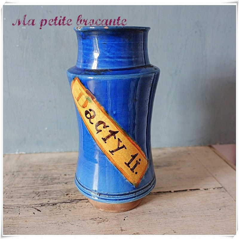 Ancien pot à pharmacie en faïence bleue  M. LELONG ht 20,5 cm