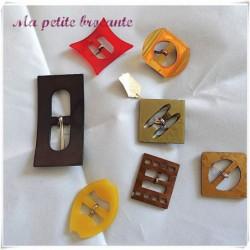 Lot de sept boucles de ceinture anciennes art déco