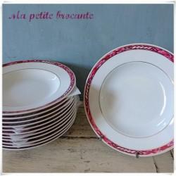 Assiette creuse en porcelaine de Limoges Arnauld de Brissac