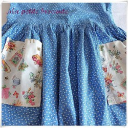 Ancienne robe pour petite fille