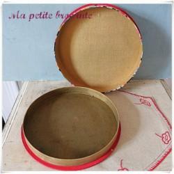 Ancienne boîte ronde art déco recouverte de tissu fleuri