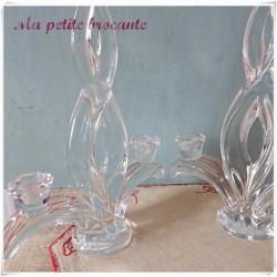 Ancien lot de deux bougeoirs bout de table en cristal de Vannes