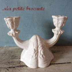 Ancien bougeoir en faïence blanche esprit baroque shabby chic