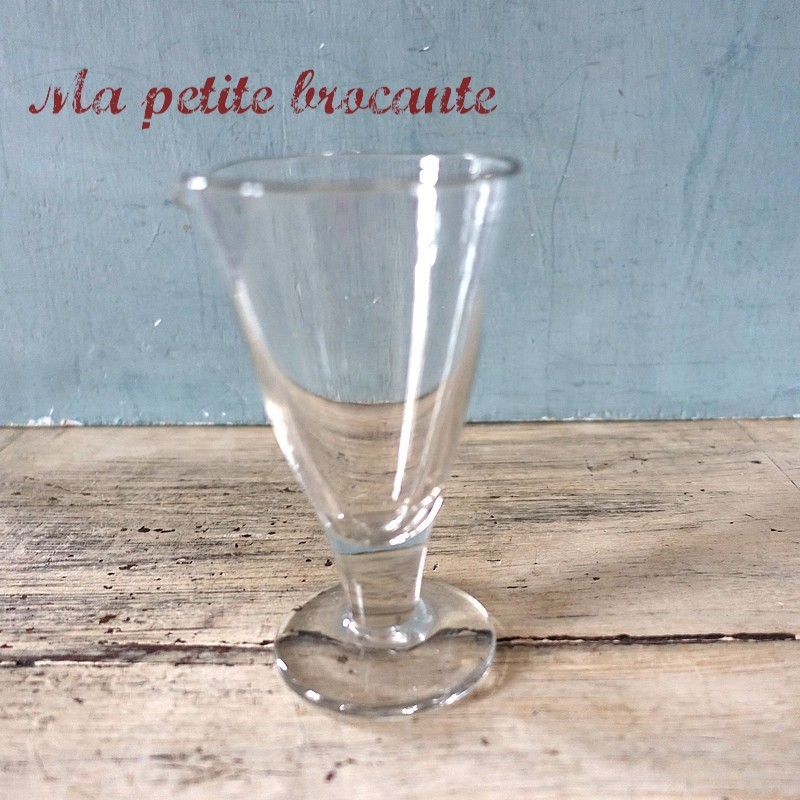 Ancien verre à expériences de laboratoire chimie becher XIXème