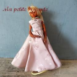 Ancienne poupée Peynet robe de bal