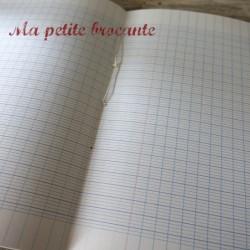 Cahier ancien de devoirs mensuels n°521 64 pages