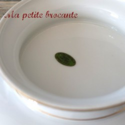 Assiette sur pied ou compotier en porcelaine Ch. Pillivuyt & Cie