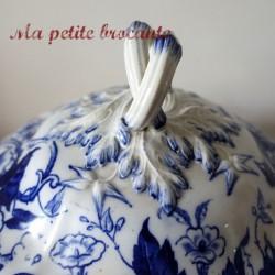 Soupière XIXème du modèle Flora liseron de Creil et Montereau