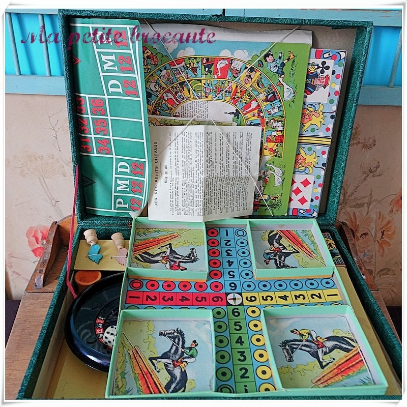 Mallette de jeux de société vintage