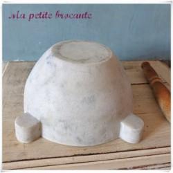 Mortier et son pilon en marbre de Carrare