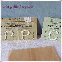 Lettres C et P à broder en feutre garanti irrétrécissable