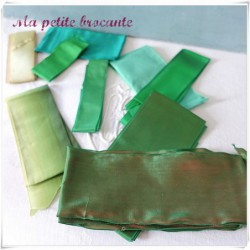 Lot de rubans ancien coloris vert