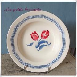 Assiette creuse ancienne modèle Tulipes de Digoin et Sarreguemines