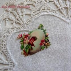 Chromo ancien thème Pâques petites fleurs dans un oeuf