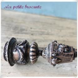 Belle paire de petits chandeliers en bronze argenté XIXème