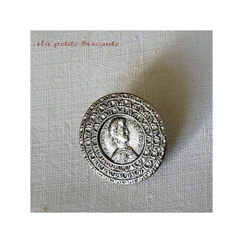 Lot de quatre boutons à l'effigie de Flavius Honorius