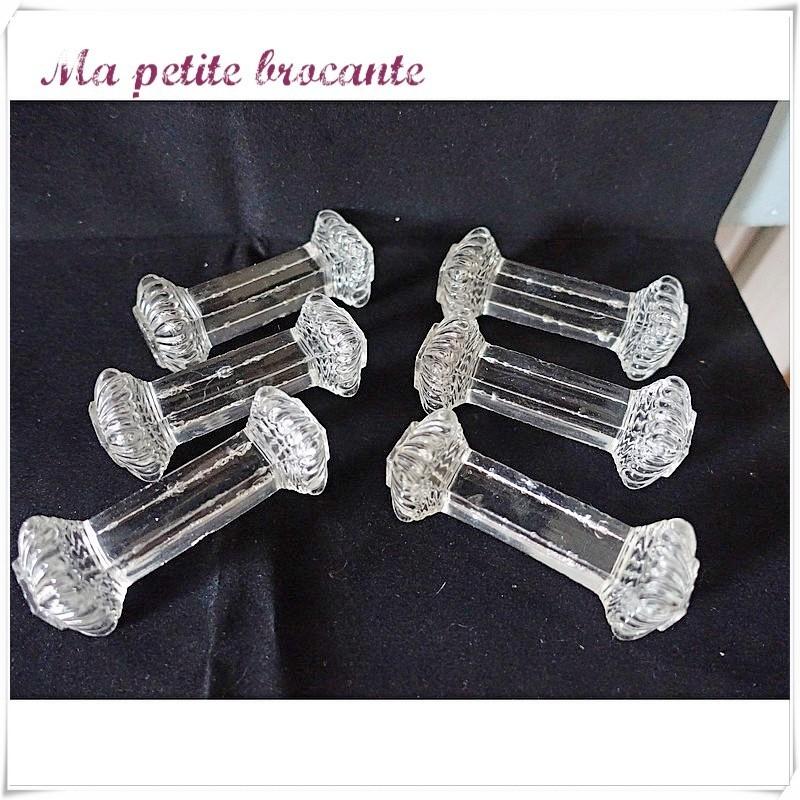 Lot de six porte-couteaux en cristal