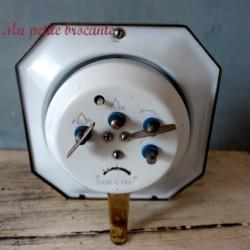 Reveil ancien mécanique Polaris made in china