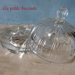 Ancien beurrier cloche en cristal