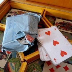 Boîte de jeu en bois le nain jaune GB & Cie NK Atlas Paris