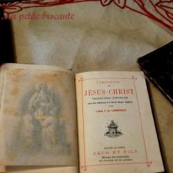 Lot de trois missels anciens prières