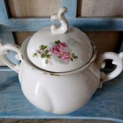 Sucrier ancien en porcelaine blanche décor de roses