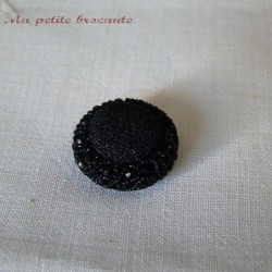 Bouton ancien en bakelite noir