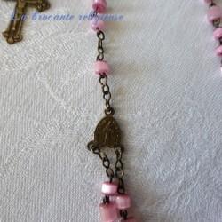 Chapelet ancien 59 perles roses nacrées et laiton