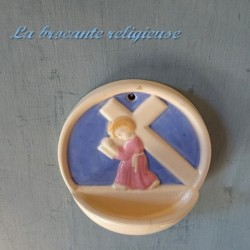 Adorable bénitier bleu et rose maison Paul Renier Paris
