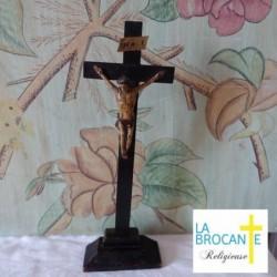 Crucifix d'autel christ en bois