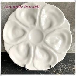 Assiette à huitres ou coquillages en porcelaine blanche