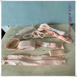 Lot de rubans divers couleur rose