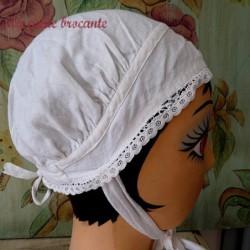 Belle coiffe ancienne  coton blanc