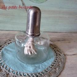 Lampe à huile ancienne flacon