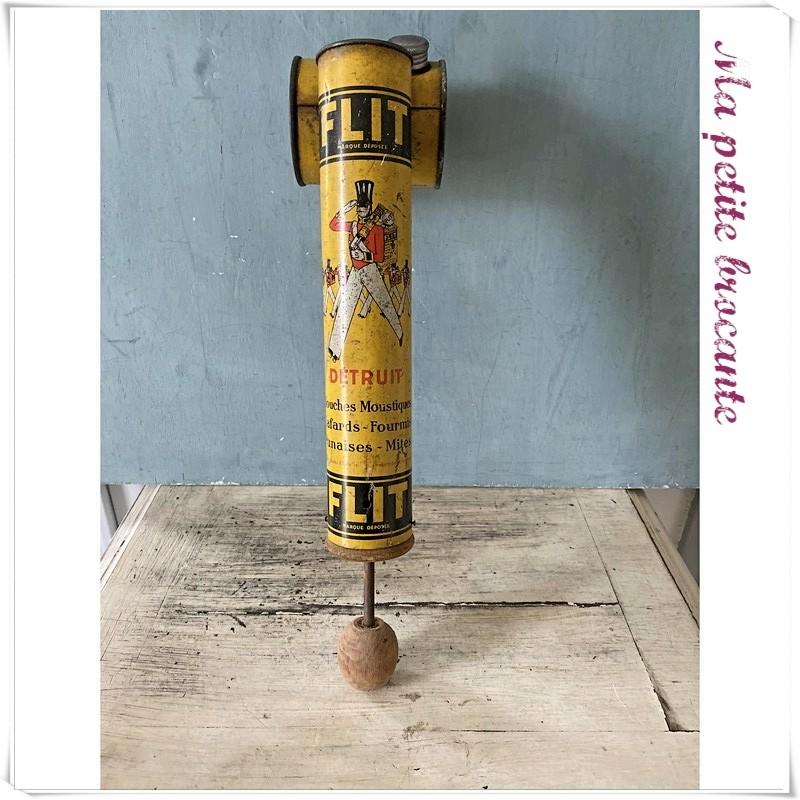 Pulvérisateur ou sulfateur ancien de la marque Flit