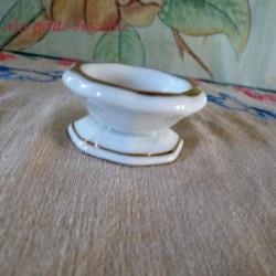 Salière en porcelaine de Limoges décor floral