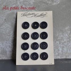 Ancienne plaque de 12 boutons en plastique Fantaisie Tailleur
